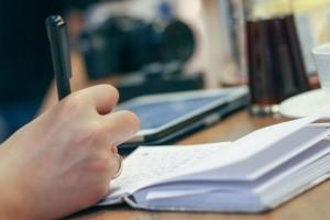 intriga y suspense, taller de relatos cortos, escribir un cuento, relato corto